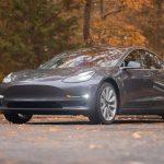 Masina Tesla Model 3 va fi capabila de aproape orice prin comenzi vocale