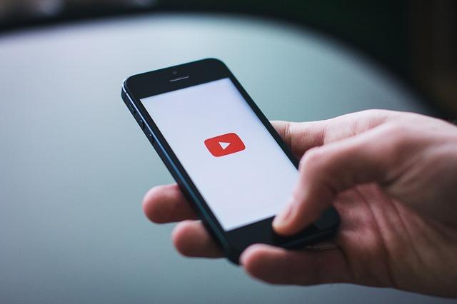 YouTube va investi 5 milioane de dolari pentru a crea continut mai pozitiv