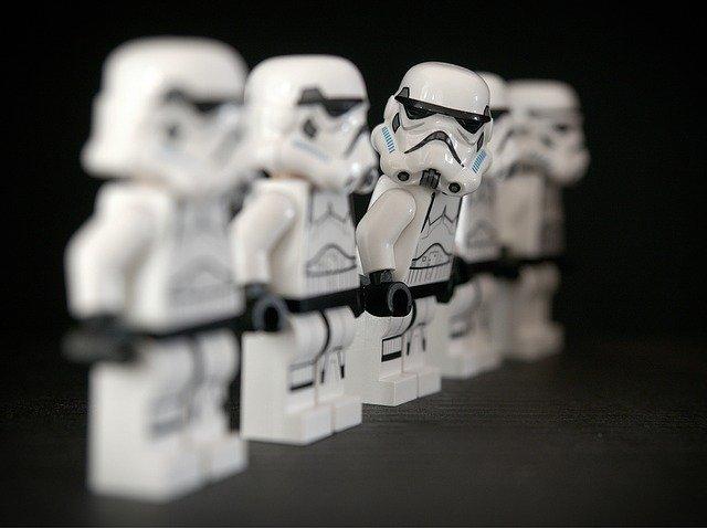 Disney dezvolta cateva lungmetraje Star Wars