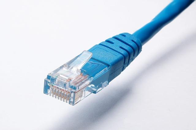 Clientii din Marea Britanie pot renunta la contractele cu furnizorii de internet daca primesc viteze mici