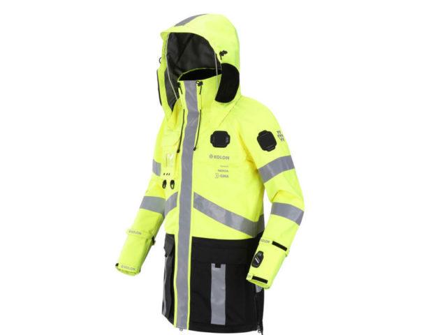 Nokia creeaza o jacheta inteligenta pentru politisti, medici si pompieri