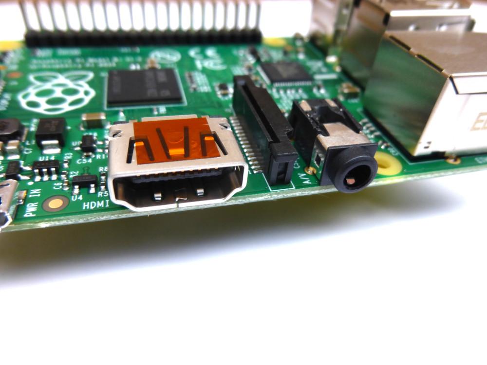 Noua placa Raspberry Pi 3 B+ vine cu mai multa putere