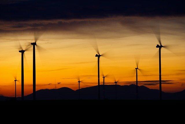 Apple anunta ca acum functioneaza 100% pe energie regenerabila