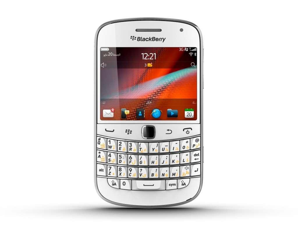 CEO-ul BlackBerry, John Chen, vrea o noua versiune a telefonului Bold 9900