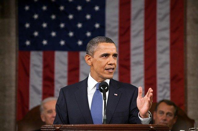Jordan Peele foloseste inteligenta artificiala pentru a crea un clip video fals cu Barack Obama
