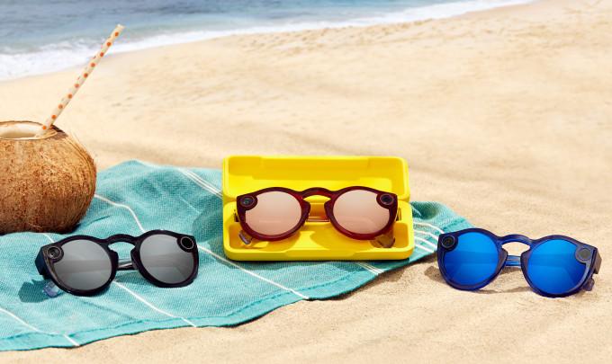 Snap lanseaza noi ochelari Spectacles cu rezistenta la apa