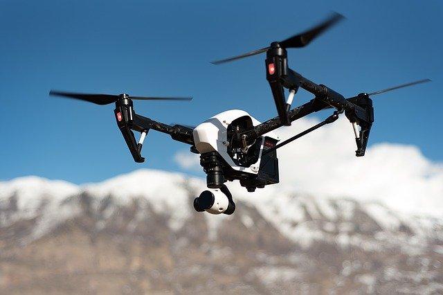Apple foloseste drone pentru a imbunatati aplicatia Apple Maps