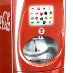 Cel mai nou aparat de sucuri Coca-Cola iti permite sa amesteci propriile arome cu smartphone-ul