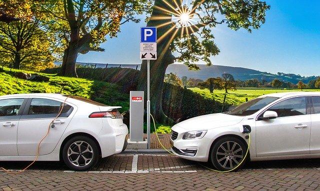 De ce masinile electrice din Europa trebuie sa aiba emitatoare de sunet pana in 2021