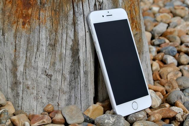 De ce se spune ca Apple stia ca iPhone 6 este predispus la indoire