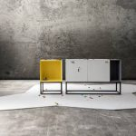 O firma italiana de design creeaza mobila LEGO