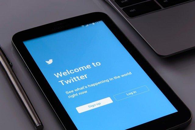 Twitter dezvolta o caracteristica de mesagerie criptata, se pare