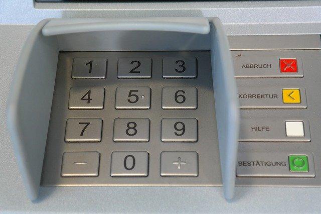 De ce un rozator a murit dupa ce a intrat intr-un bancomat