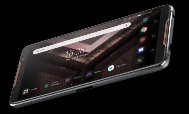 Smartphone-ul ASUS ROG Phone a fost conceput special pentru gaming-ul mobil