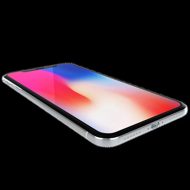 Utilizatorii de iPhone X spun ca obiectivele de camera se crapa usor