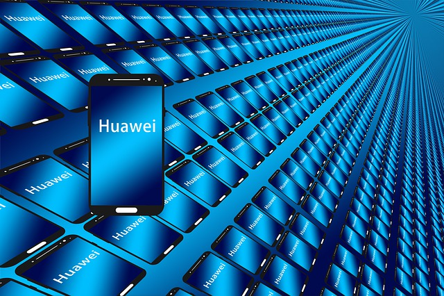 Cate milioane de smartphone-uri vrea sa vanda compania Huawei in 2018