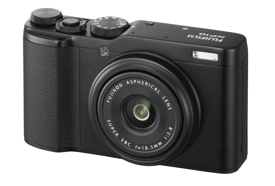 Ce pret are noua camera compacta Fujifilm XF10