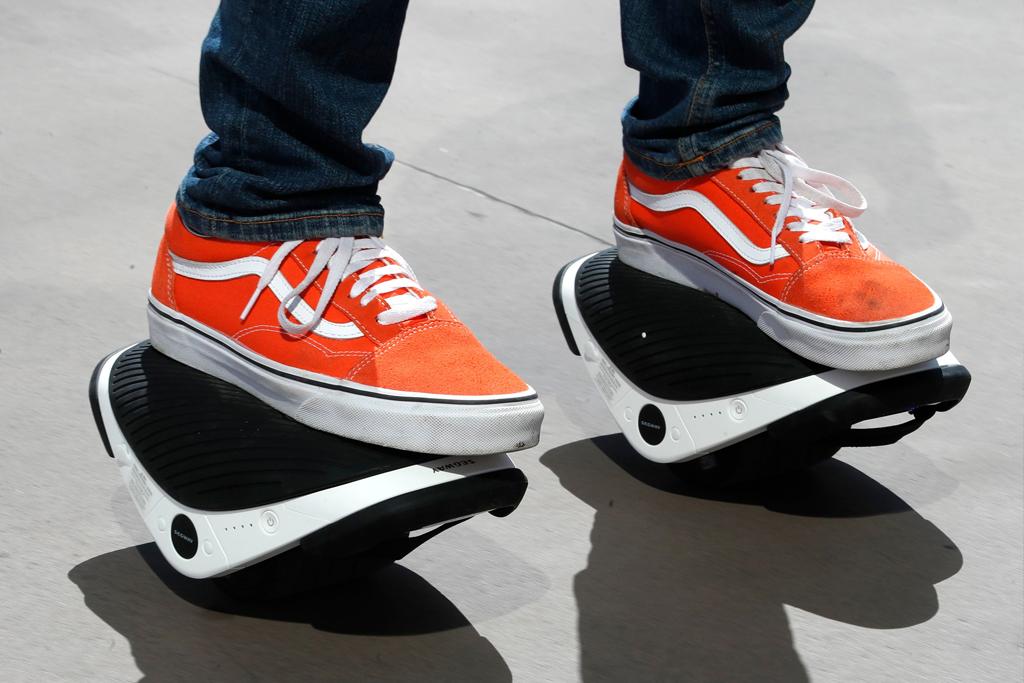 Ce pret au e-Skate-urile Drift W1 - noua inventie a Segway