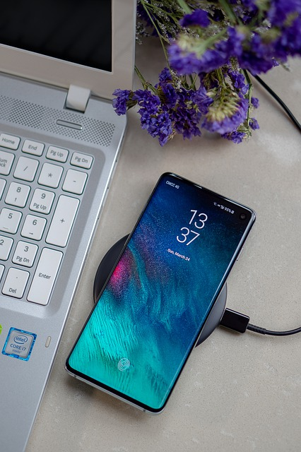De ce smartphone-ul Galaxy S10 ar putea renunta la scanerul de iris