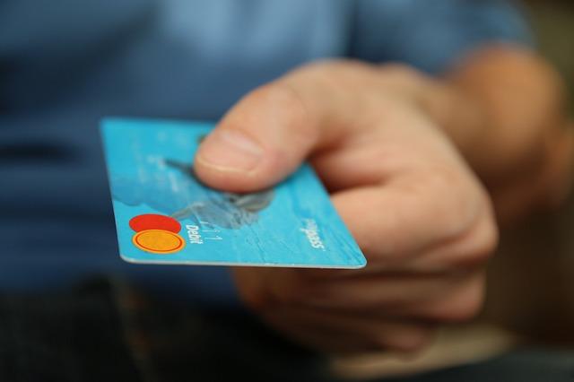 Unde au avut loc multe plati frauduloase cu carduri de credit prin iTunes