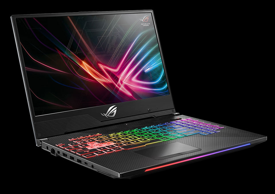 Ce specificatii are laptopul de gaming ASUS Strix SCAR II de 17 inci