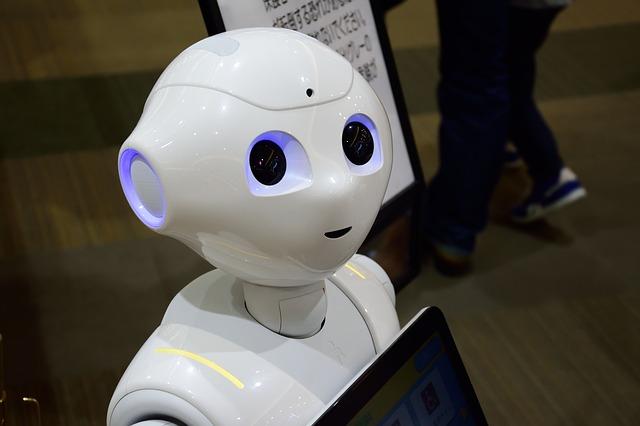 Robotii ar putea avea capacitatea de a schimba parerile celor mici
