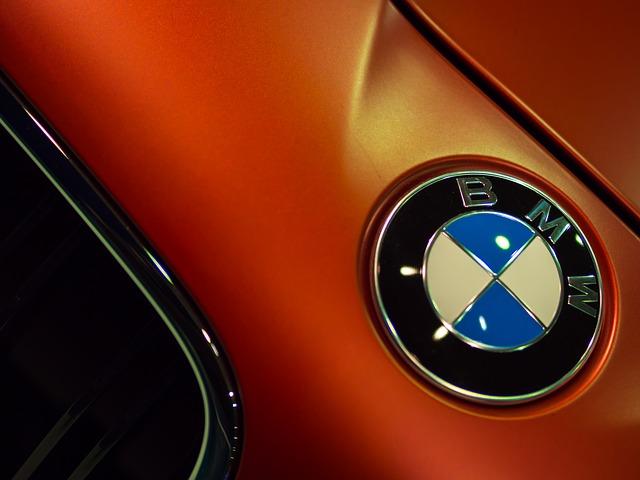 Cand vor aparea primele smartwatch-uri BMW