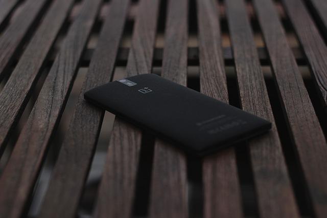 De ce OnePlus 6T nu va mai avea jack pentru casti