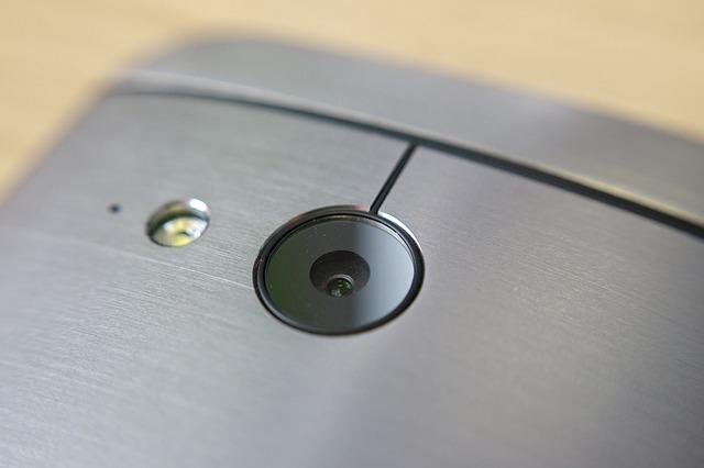 HTC inca-i pe picioare. Ce fel de smartphone de varf ar putea lansa