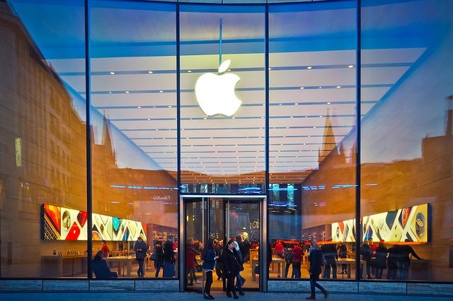 In cat timp a generat Apple venituri de 53,3 miliarde de dolari
