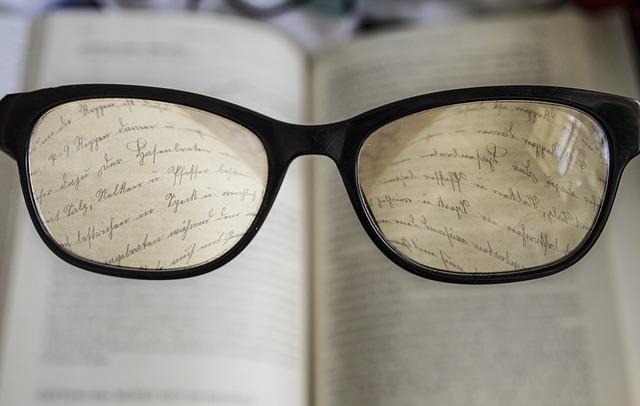 Ce pret au ochelarii inteligenti cu Alexa