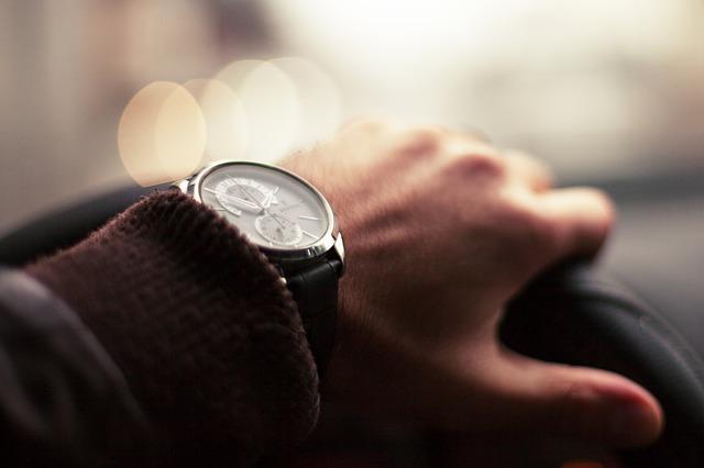 In ce oras s-ar putea plafona numarul de masini Uber si Lyft