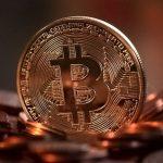 Cat de mult s-a redus valoarea monedei virtuale Bitcoin