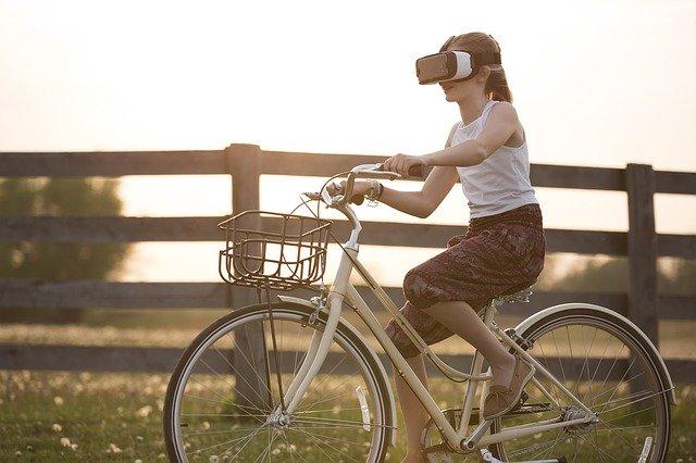 Ce mesaj a postat fostul CEO Oculus care a parasit Facebook