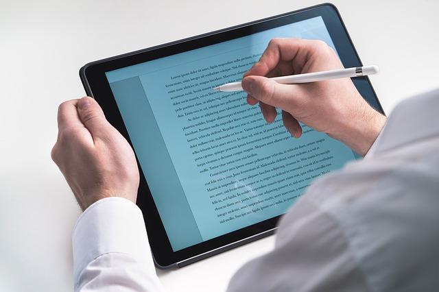 Ce problema serioasa de rezistenta are noul iPad Pro al Apple
