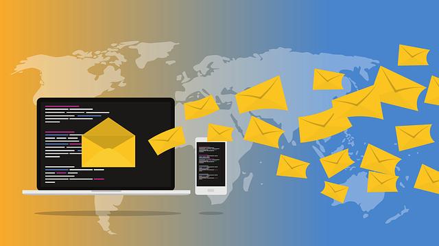Ce serviciu de e-mail continua sa scaneze e-mailurile pentru a vinde datele catre agentii de publicitate