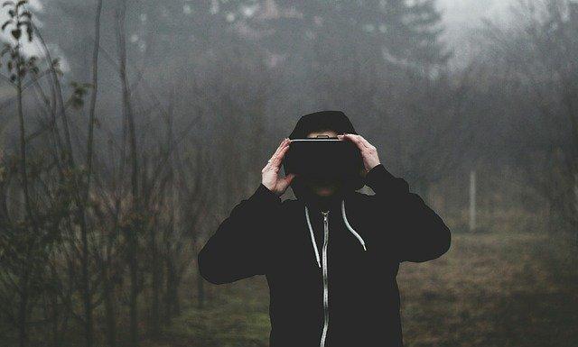 Cum ar putea fi prima casca VR proprie a Valve
