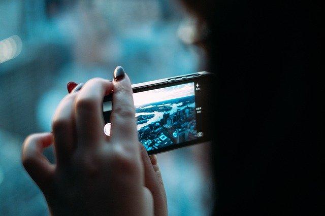 Care smartphone are camera cea mai buna, potrivit unor sondaje