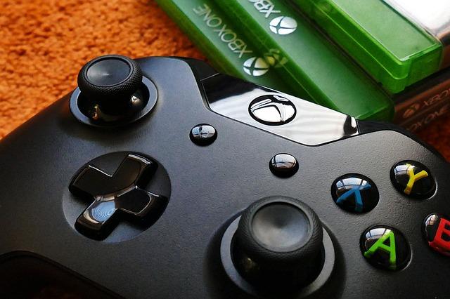 De ce consola Xbox One se vinde mai putin bine decat PS4, probabil