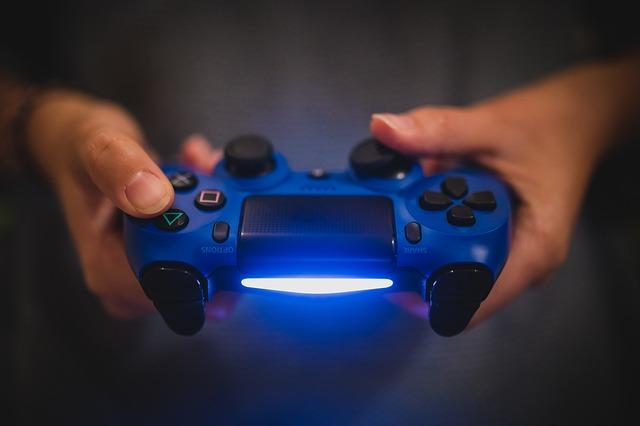 De ce unele console de jocuri PS4 dau erori