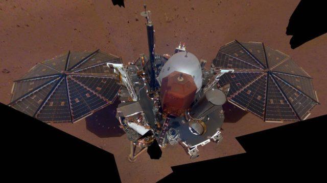 Cum e primul selfie al sondei InSight de pe Marte a NASA