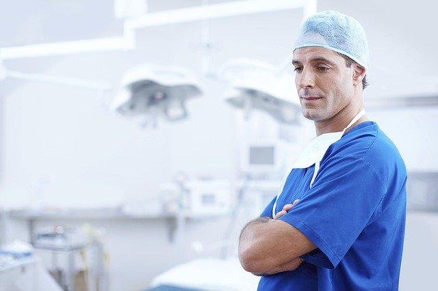 De ce Apple ar fi angajat circa 50 de medici