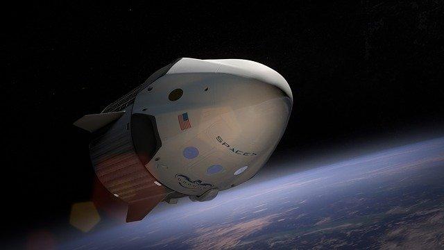 Cum s-a andocat capsula Crew Dragon a SpaceX la SSI