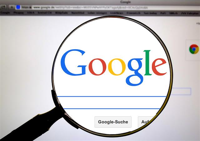 Ce noi comenzi de cautare testeaza Google