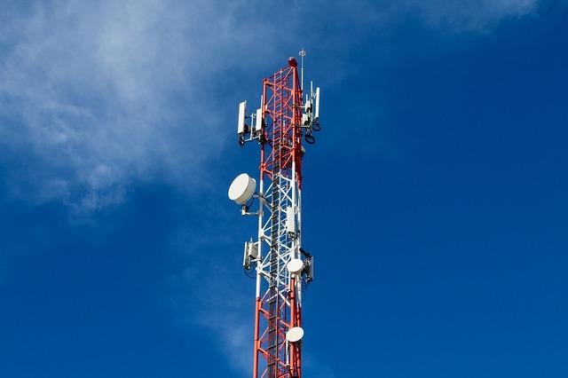 Ce obstacole are fuziunea dintre operatorii mobili Sprint si T-Mobile