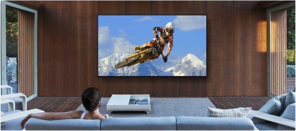 Cum e TV-ul de 70.000 de dolari al Sony