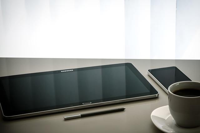Ce alta companie de smartphone-uri va oferi incarcare rapida de 100W