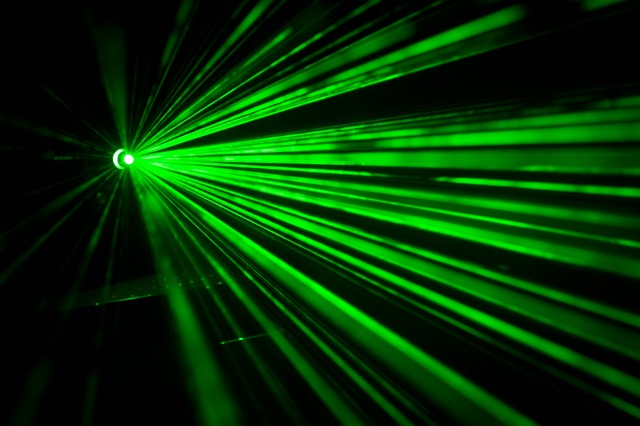 Cum e sistemul laser care doboara rachete al Statelor Unite