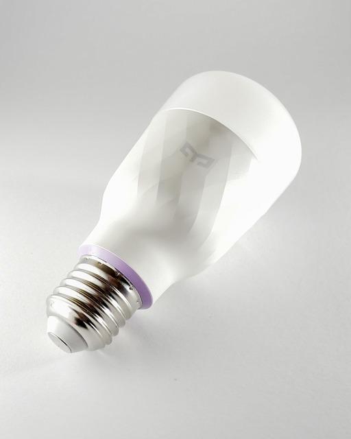 Cum ne poate afecta ireversibil lumina LED, conform unor cercetatori