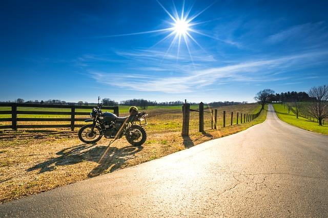 Cum vrea Triumph sa dezvolte o motocicleta electrica
